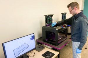3Dprinter printing ear guards